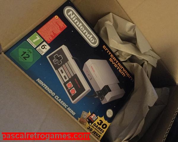 voici la boite de la Nes Classic Mini