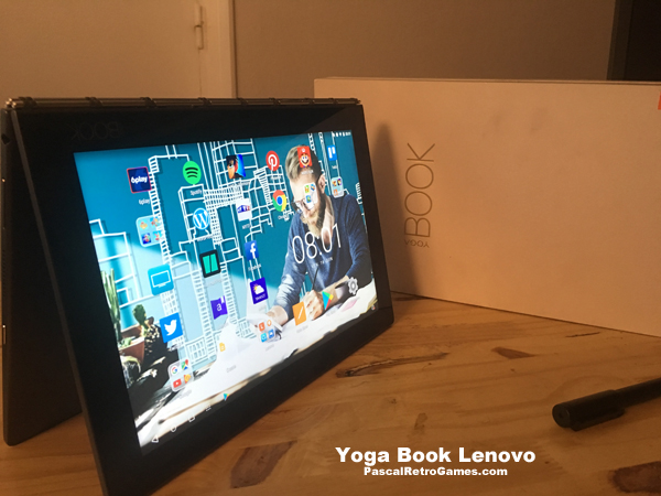 La Lenovo Yoga Book resemble à la Surface de Microsoft