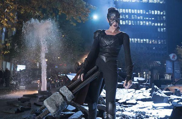 Reign dans Supergirl